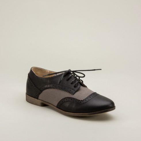 Oxfords là một sự lựa chọn giày công sở thích hợp
