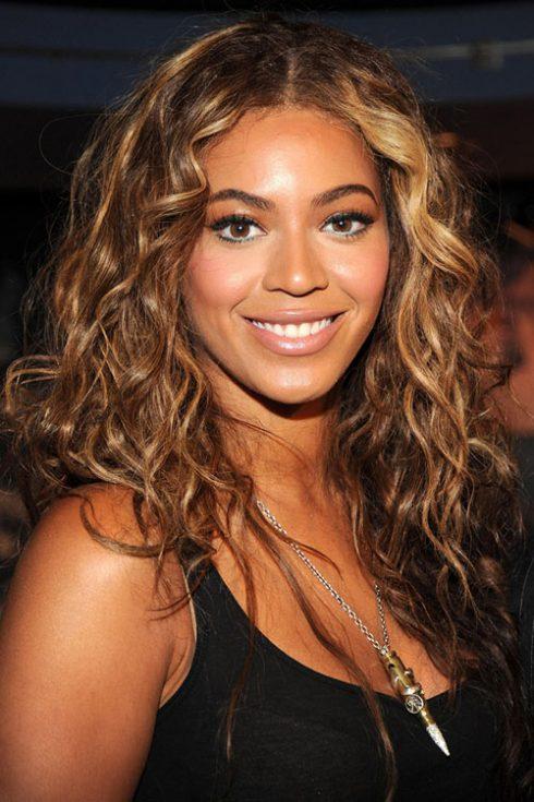Tóc giả nữ - trào lưu làm đẹp mới của các quý cô - Beyonce
