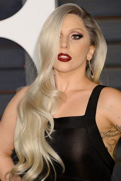 Tóc giả nữ - trào lưu làm đẹp mới của các quý cô - Lady Gaga