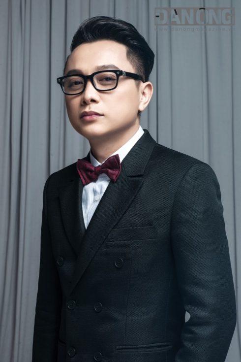 Tại sự kiện thời trang lớn nhất của năm Vietnam International Fashion Week Thu-Đông 2016, NTK Nguyễn Công Trí sẽ tiếp tục trở thành NTK mở màn.