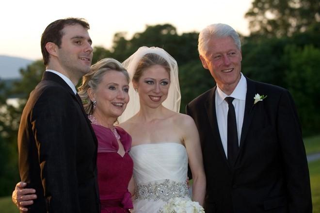 Chuyện tình cặp đôi Clinton - 06