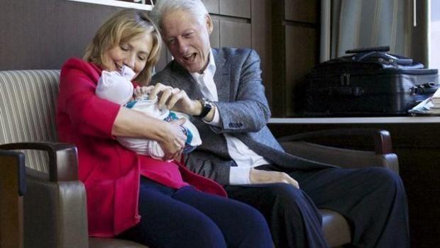 Chuyện tình cặp đôi Clinton - 08