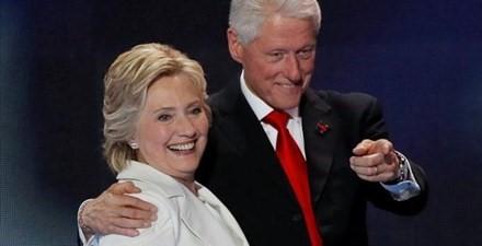 Chuyện tình cặp đôi Clinton - 10