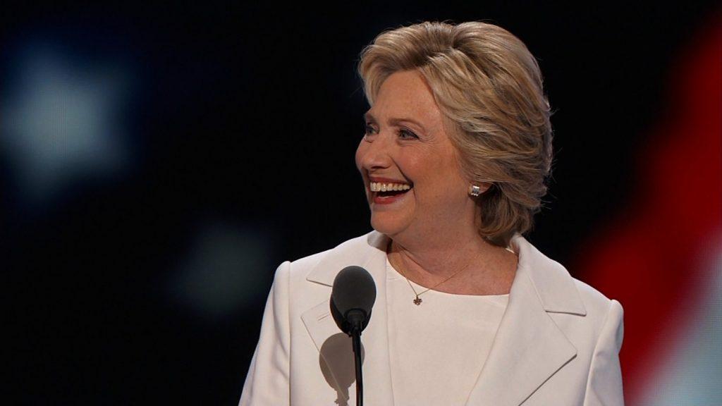 Đệ nhất Phu nhân Hilary Clinton.