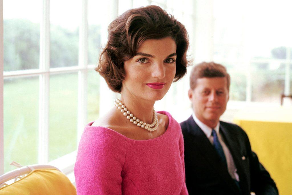 Đệ nhất Phu nhân Jacqueline Kenedy.