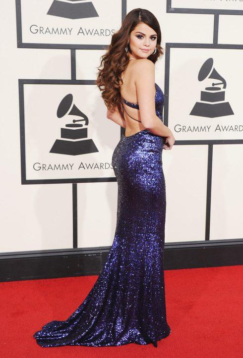 2/2016 nữ ca sĩ diện thiết kế của Calvin Klein tại Lễ trao giải Grammy lần thứ 58.