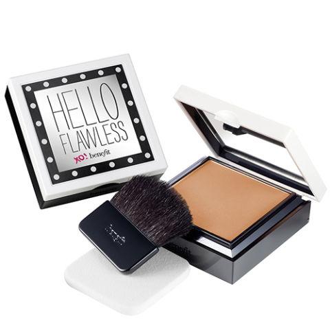 Top 15 hộp phấn trang điểm khiến tín đồ làm đẹp phát cuồng - Benefit Cosmetics