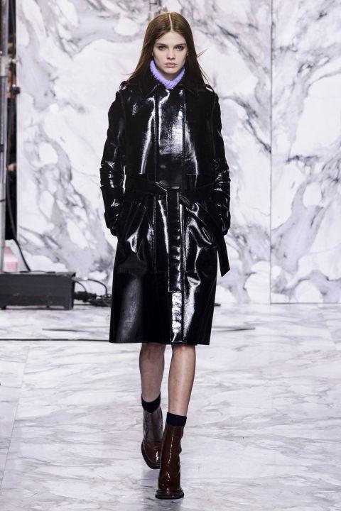 áo khoác nữ bằng da của Carven
