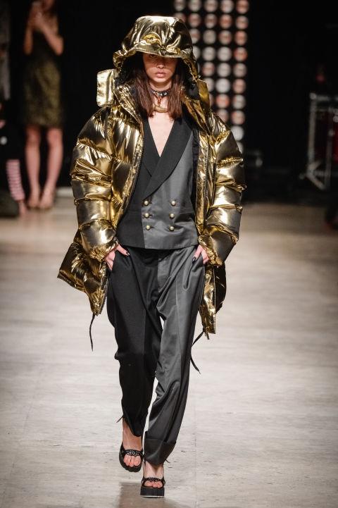 áo khoác nữ màu kim loại