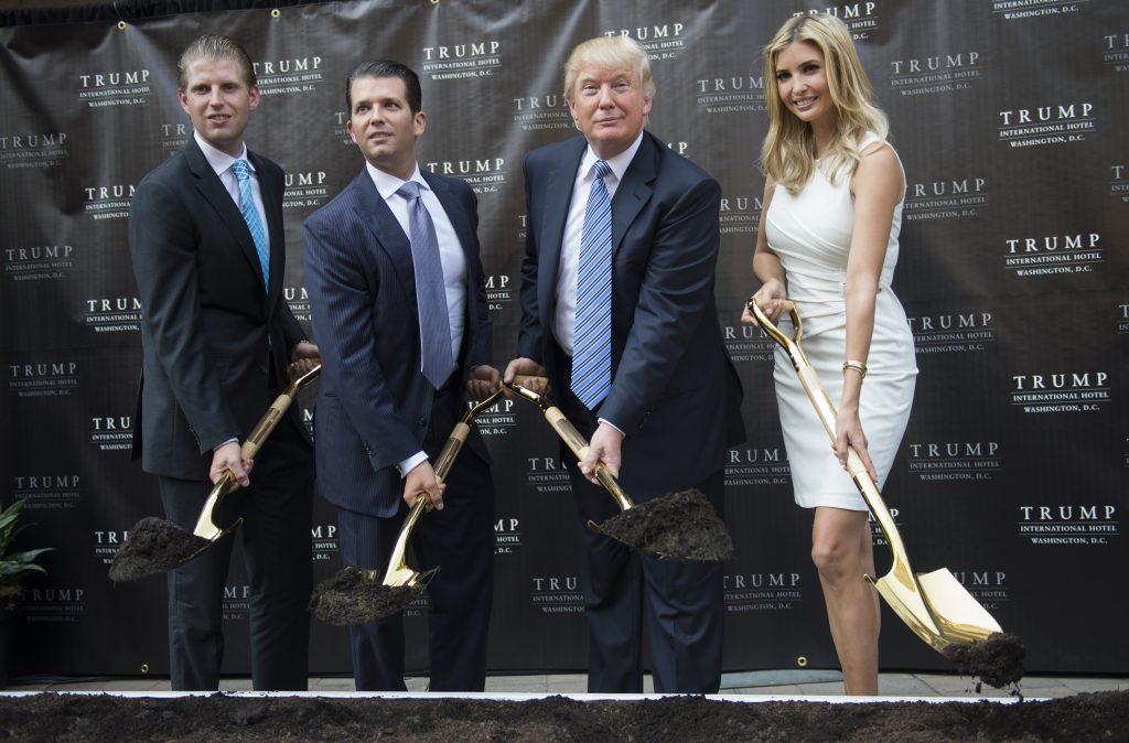 Con gái tỉ phú Donald Trump - 02