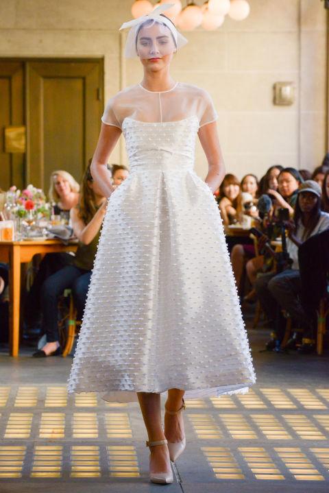 Váy cưới ngắn elle vn