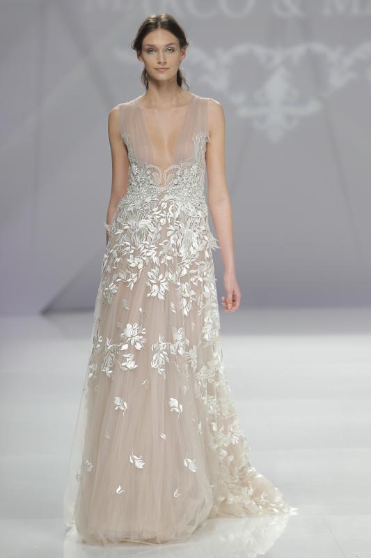 váy cưới đẹp tông nude của Marco Maria