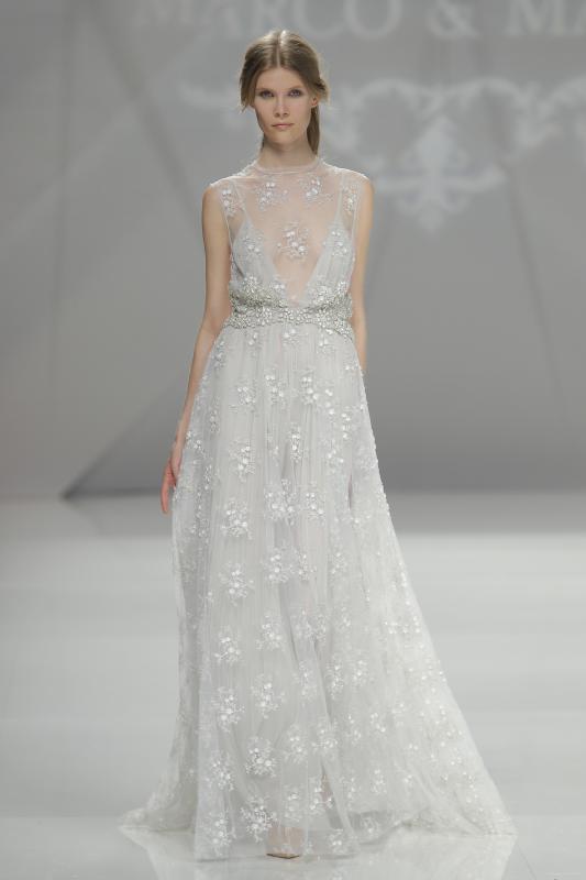 váy cưới đẹp tông nude trắng của Marco Maria
