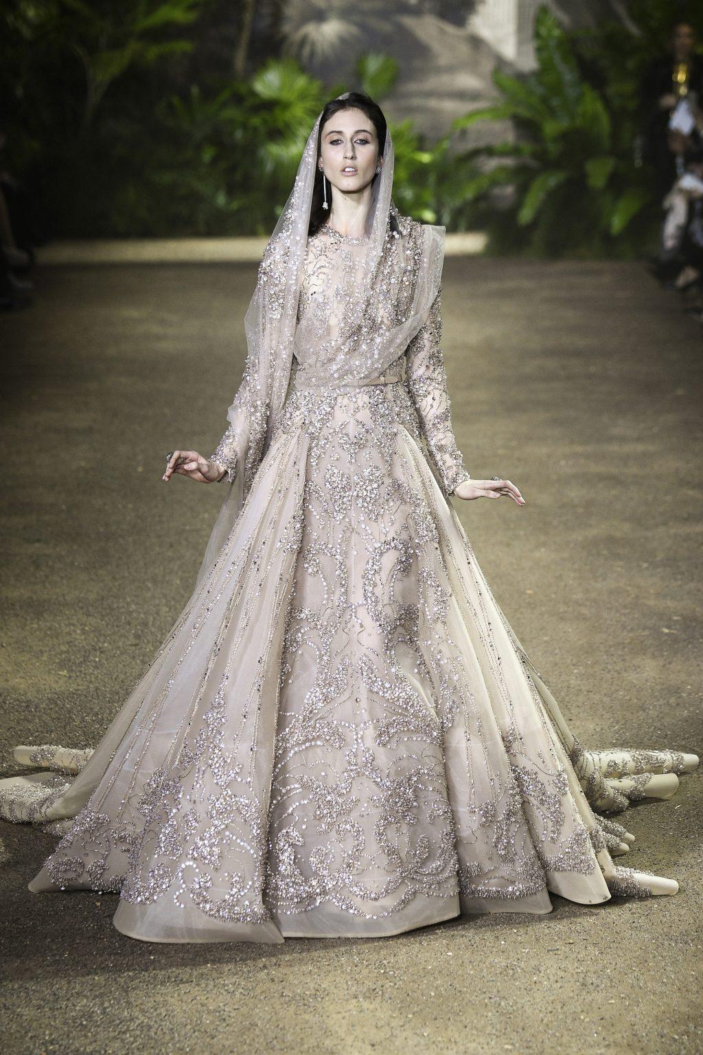 váy cưới đẹp tông nude của Elie Saab