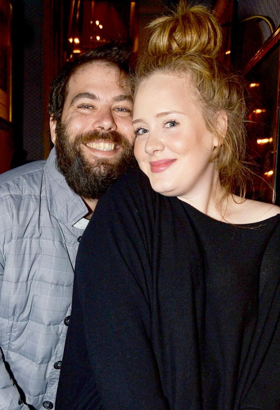 Ca sĩ Adele và bạn trai Simon Konecki.