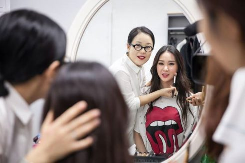top-beauty-blogger-han-quoc-ban-nen-theo-doi-3