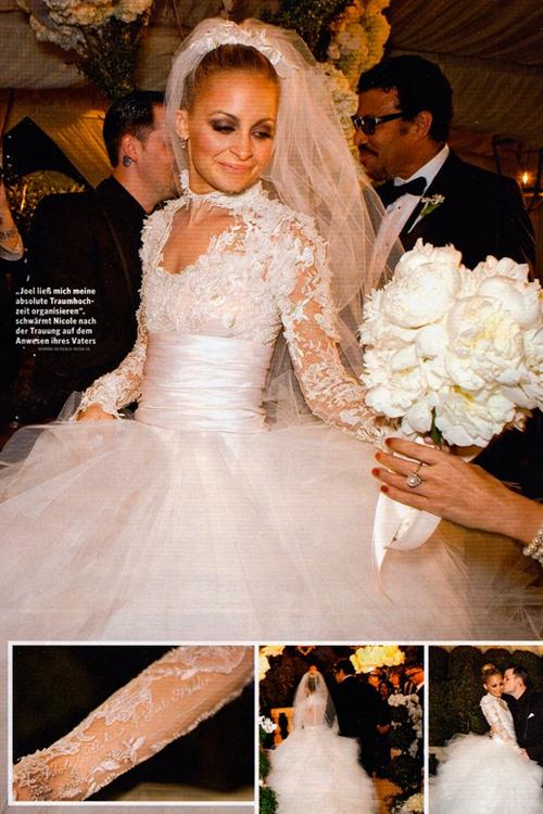 9 chiếc váy cưới đẹp và đắt tiền nhất của sao