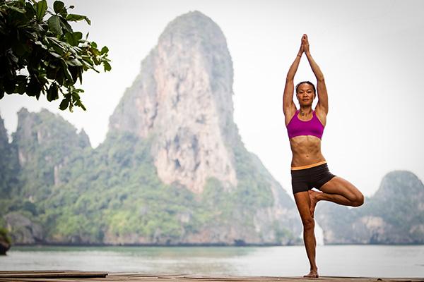 5 tư thế đơn giản tập yoga tại nhà giúp cải thiện sức khỏe và vóc dáng