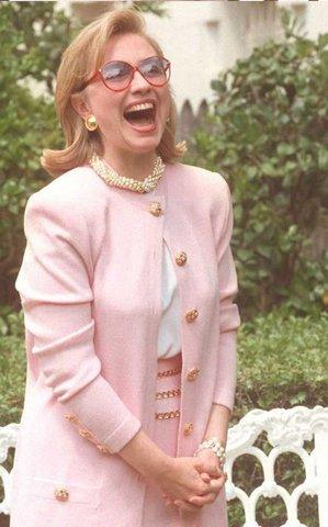 phong cach thoi trang cua Hillary clinton elle vn