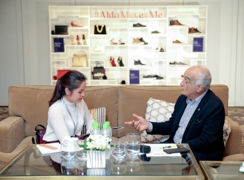 Tại chí Phái đẹp ELLE phỏng vấn ông Aldo