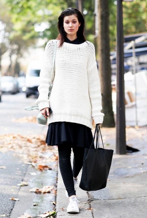 Bạn có thể phối cùng chân váy để mang đến hiệu quả ấn tượng. Nhưng cần chọn lọc độ dài phù hợp với vóc dáng.