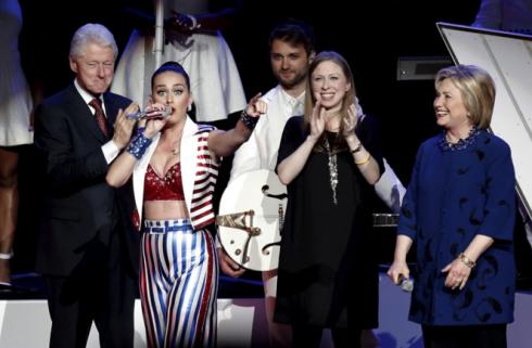 Hoàng loạt người tiếc nuối khi chức vụ Tổng thống vụt khỏi tay Hillary Clinton