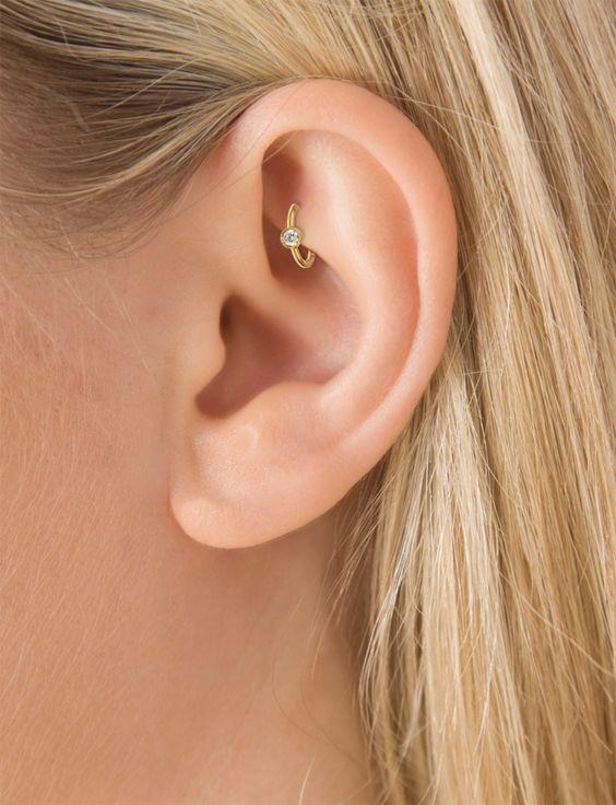 Xỏ lỗ Rook - vị trí bấm lỗ tai đẹp