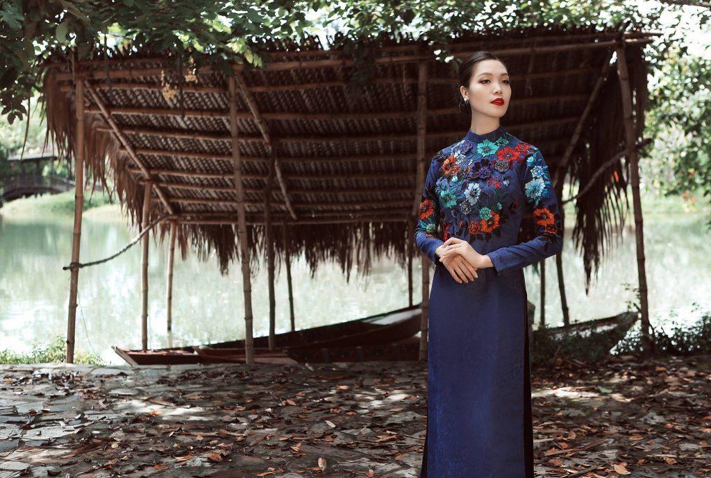 mẫu áo dài cưới đẹp - áo dài truyền thống - elle vn