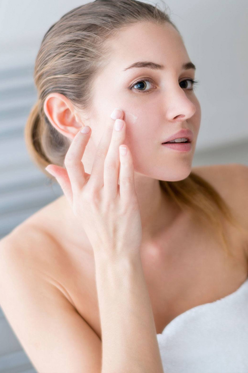 Top 7 sản phẩm trị thâm mụn và tàn nhang