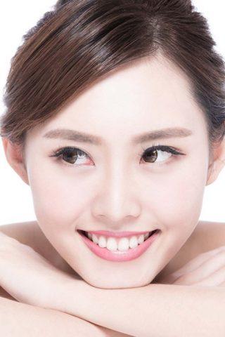 Kem đánh răng Sensodyne Repair & Protect chứa Novamin đầu tiên trên thế giới