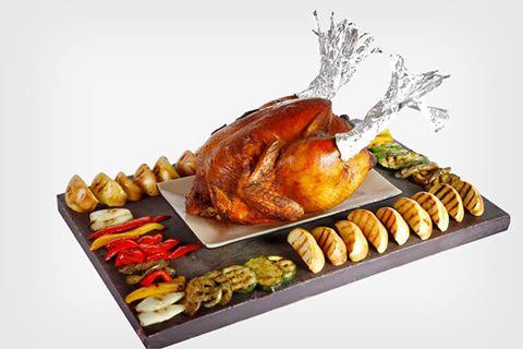 Dịch vụ đặt gà tây nướng mang về sẽ giúp bạn có một bữa tiệc Giáng sinh đúng điệu.