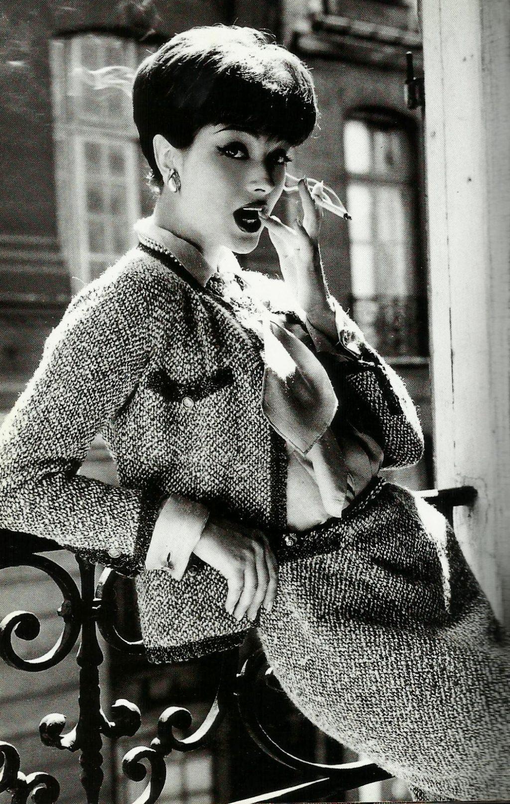 Vải tweed, chất liệu kinh điển trong mùa Thu-Đông: Coco Chanel