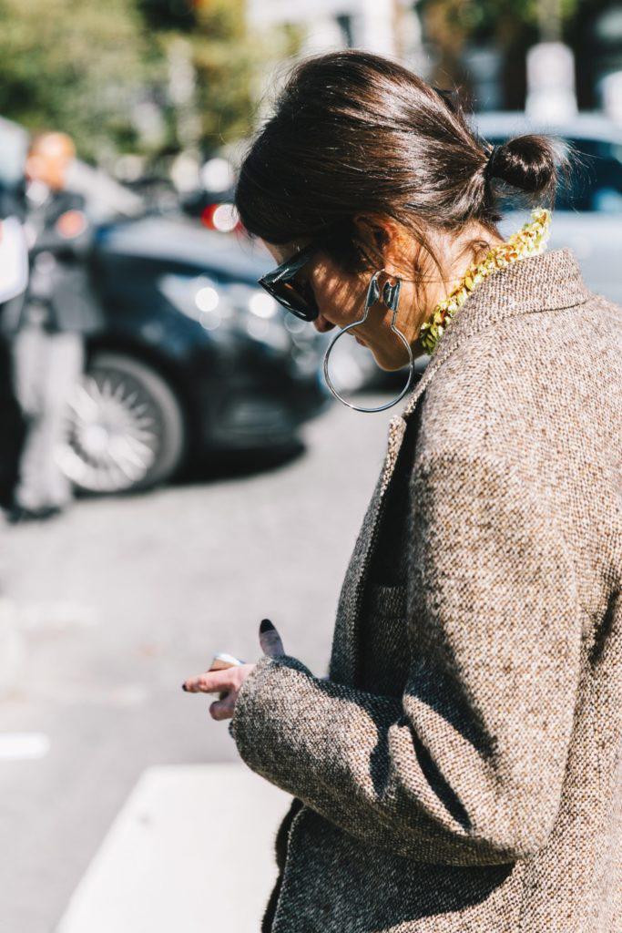 Vải tweed, chất liệu kinh điển trong mùa Thu-Đông: áo khoác mùa lạnh