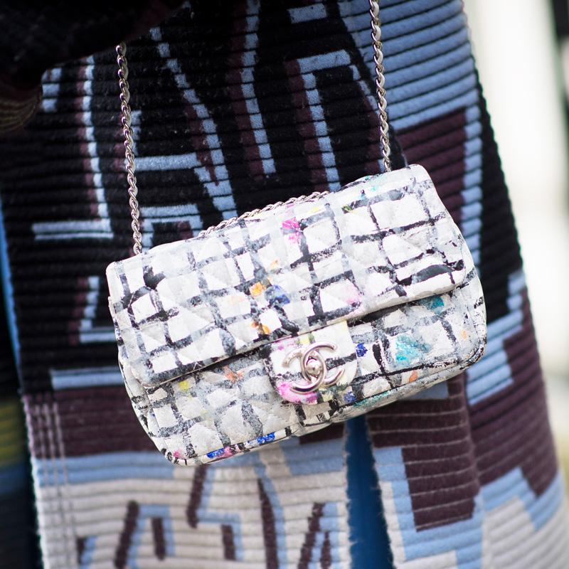 Vải tweed, chất liệu kinh điển trong mùa Thu-Đông: túi xách nữ