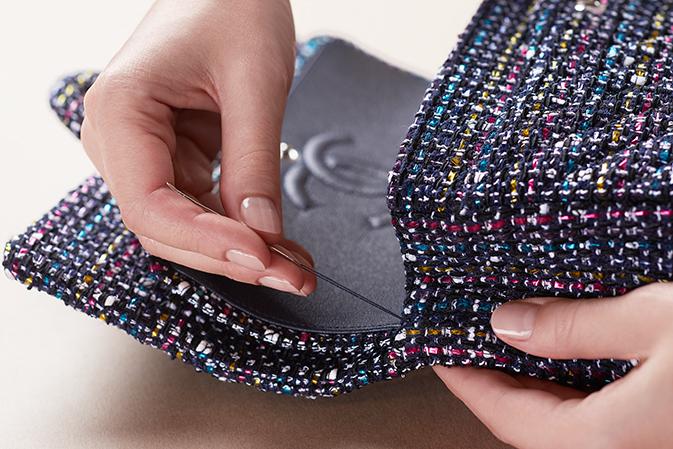 Vải tweed, chất liệu kinh điển trong mùa Thu-Đông: may túi xách