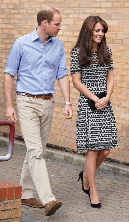Thời trang nam tính không thể rời mắt của hoàng tử William