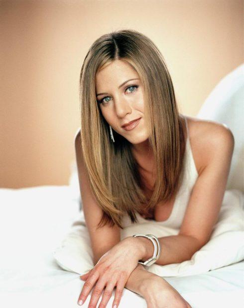 Jennifer Aniston - Biểu tượng nhan sắc được săn đón nhất Hollywood