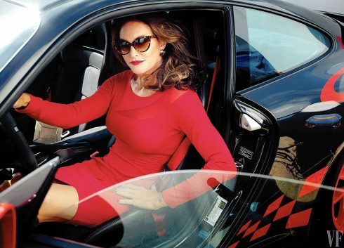 Bố dượng cô Kim – Caitlyn Jenner sau 1 năm chuyển giới