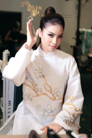 instagram@all.boutbee – Phạm Hương trong BST