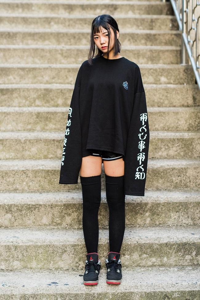 Năng động cùng áo sweatshirt 14