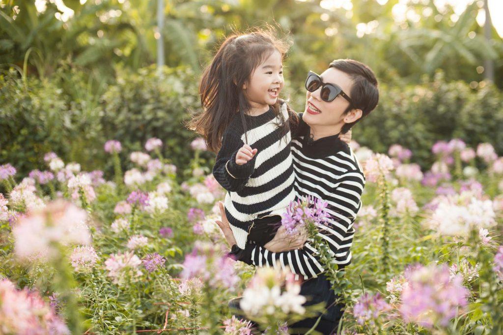 Xuân Lan và con gái - 03