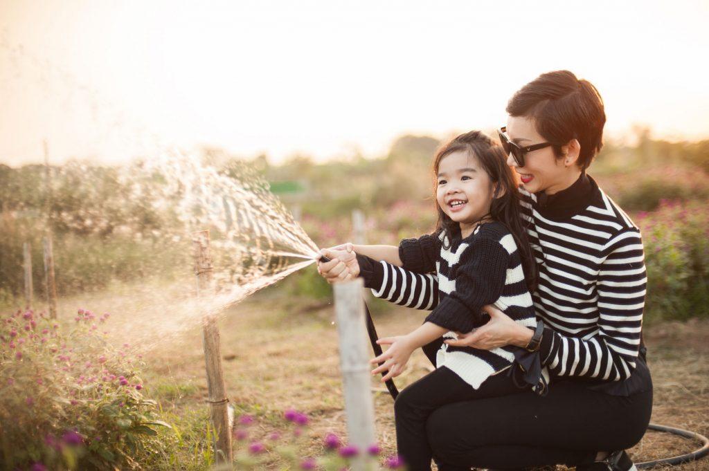 Xuân Lan và con gái - 05