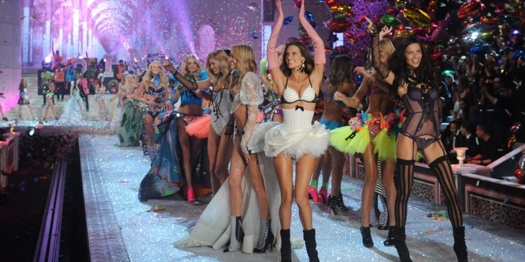 Show diễn Victoria's Secret.