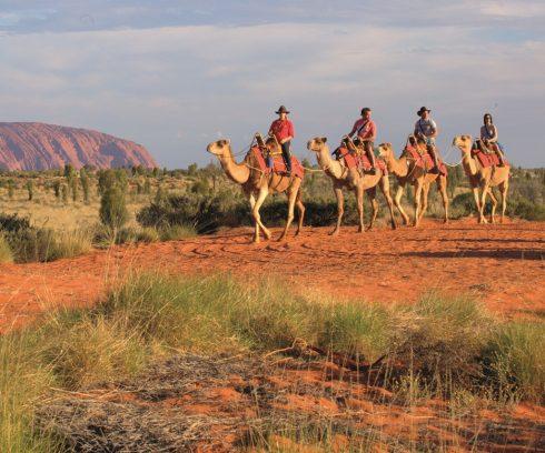 Du lịch Úc: Mùa xuân ngược ở Ayers Rock