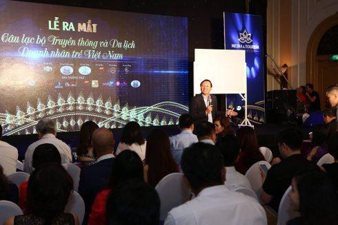 PGS - TS Phan Đăng Tuất chia sẻ tại sự kiện.