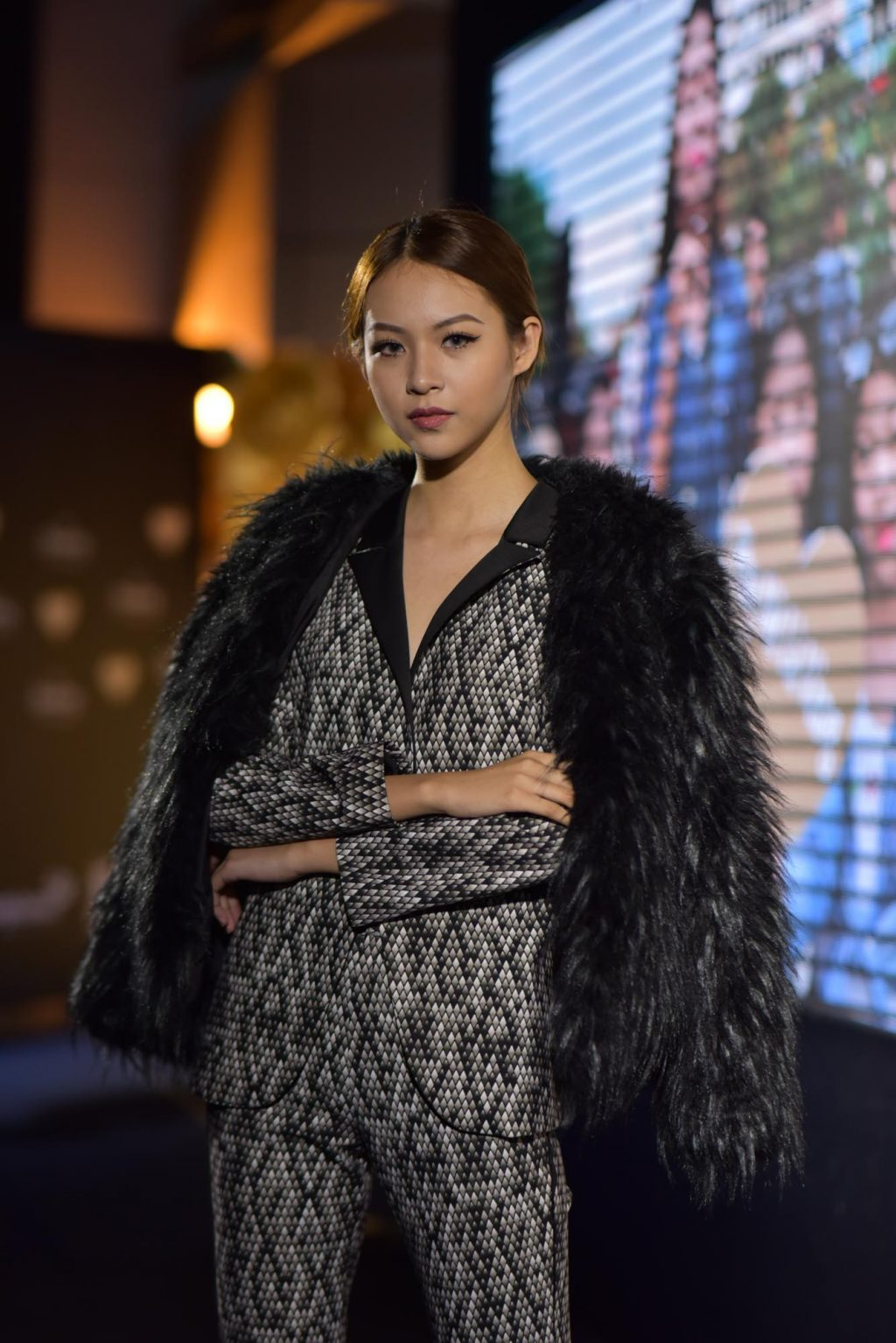 Phong cách thời trang Thu - Đông trên thảm đỏ của sao Việt - ELLE VN