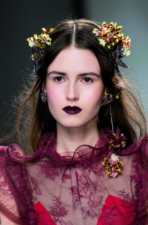 Xu hướng phụ kiện thời trang nổi bật Thu Đông 2016 - Rodarte