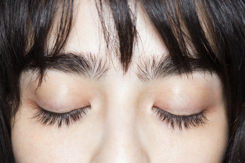 Lý do & cách chữa trị các triệu chứng lão hóa da vùng mắt