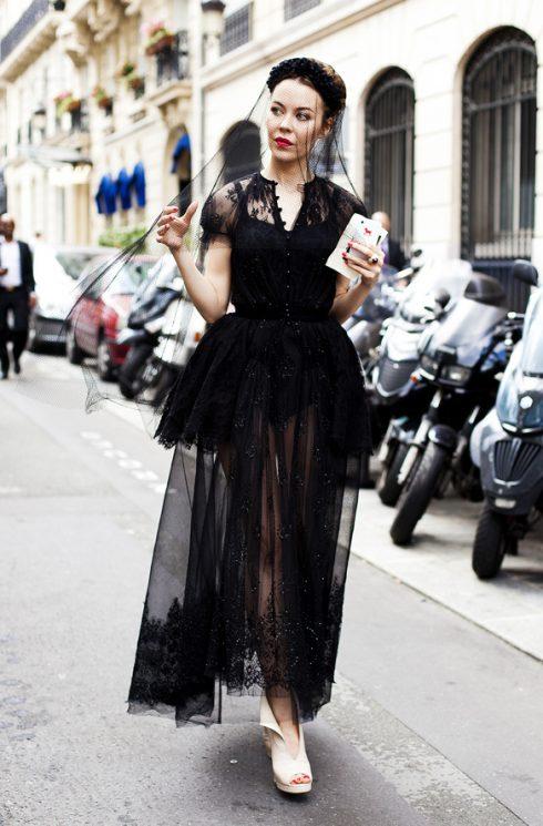 phong cách thời trang gothic cho phụ nữ tuổi 40