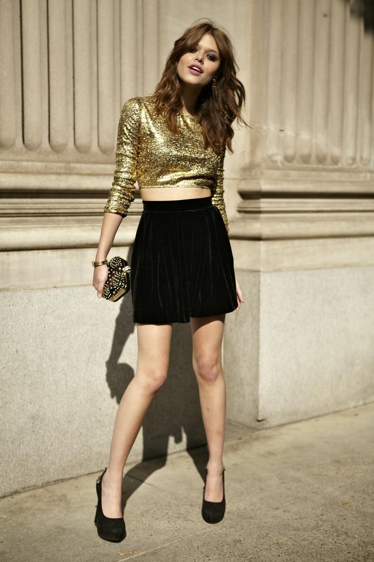 Vải nhung: Chân váy đẹp